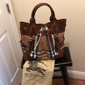 Burberry Bridle House medium checked bag
